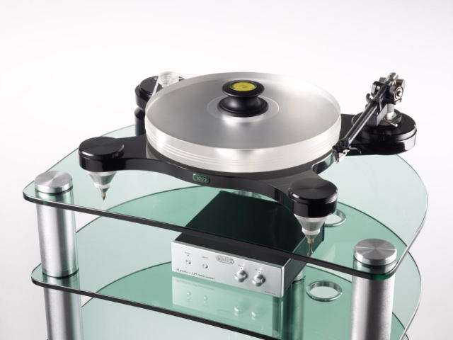 creek%20turntable%20on%20ar4_1.jpg